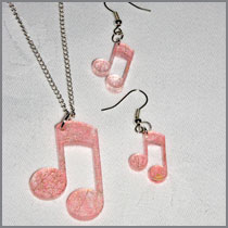 Pink thread musical note set